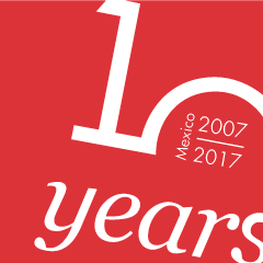 Sello_10aniversario_web_MX_ROJO_ENG