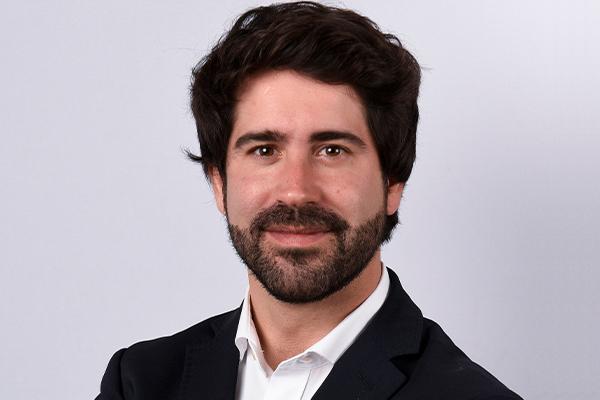 Roger Montañola